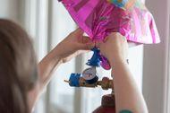 Plnění fóliových balónků héliem